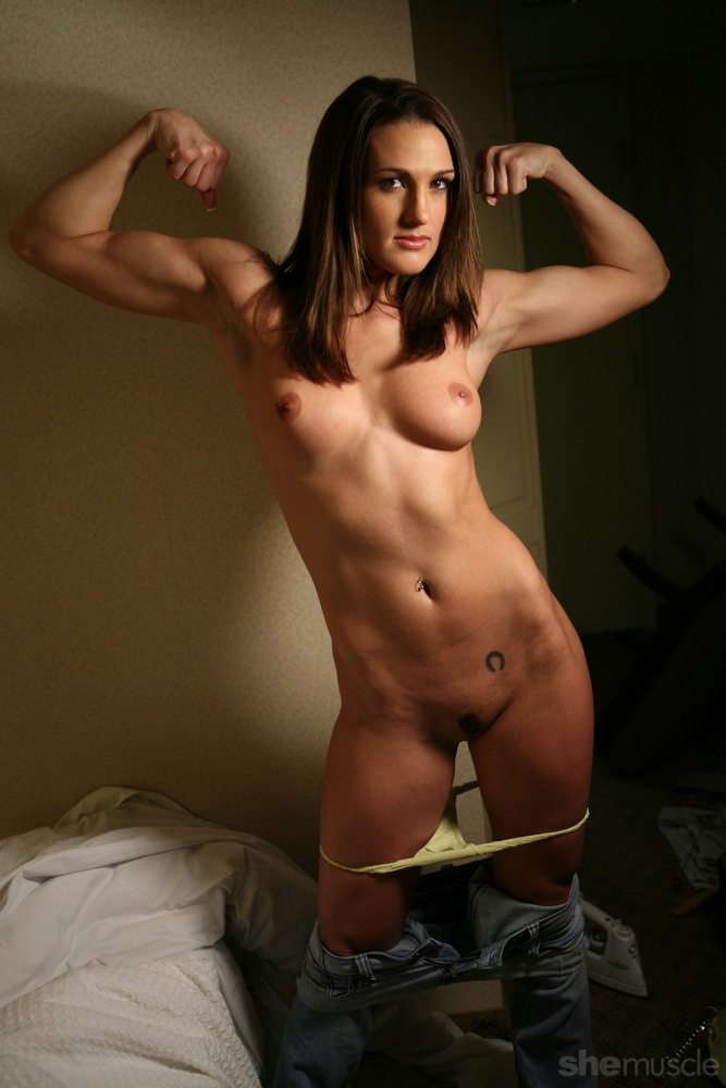 amateur-female-muscle-pussy-flower-gallery-model