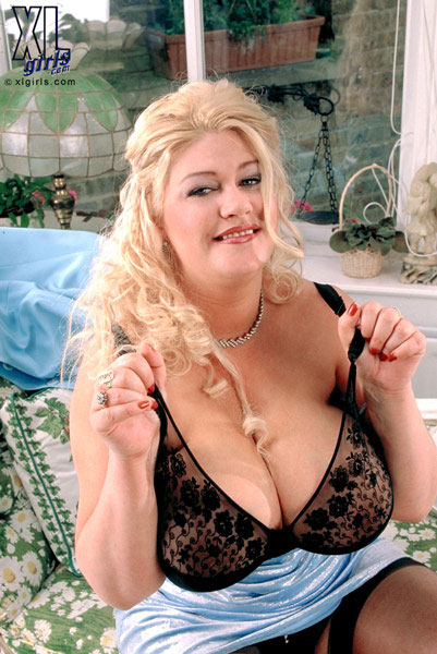 gaynor big breasts