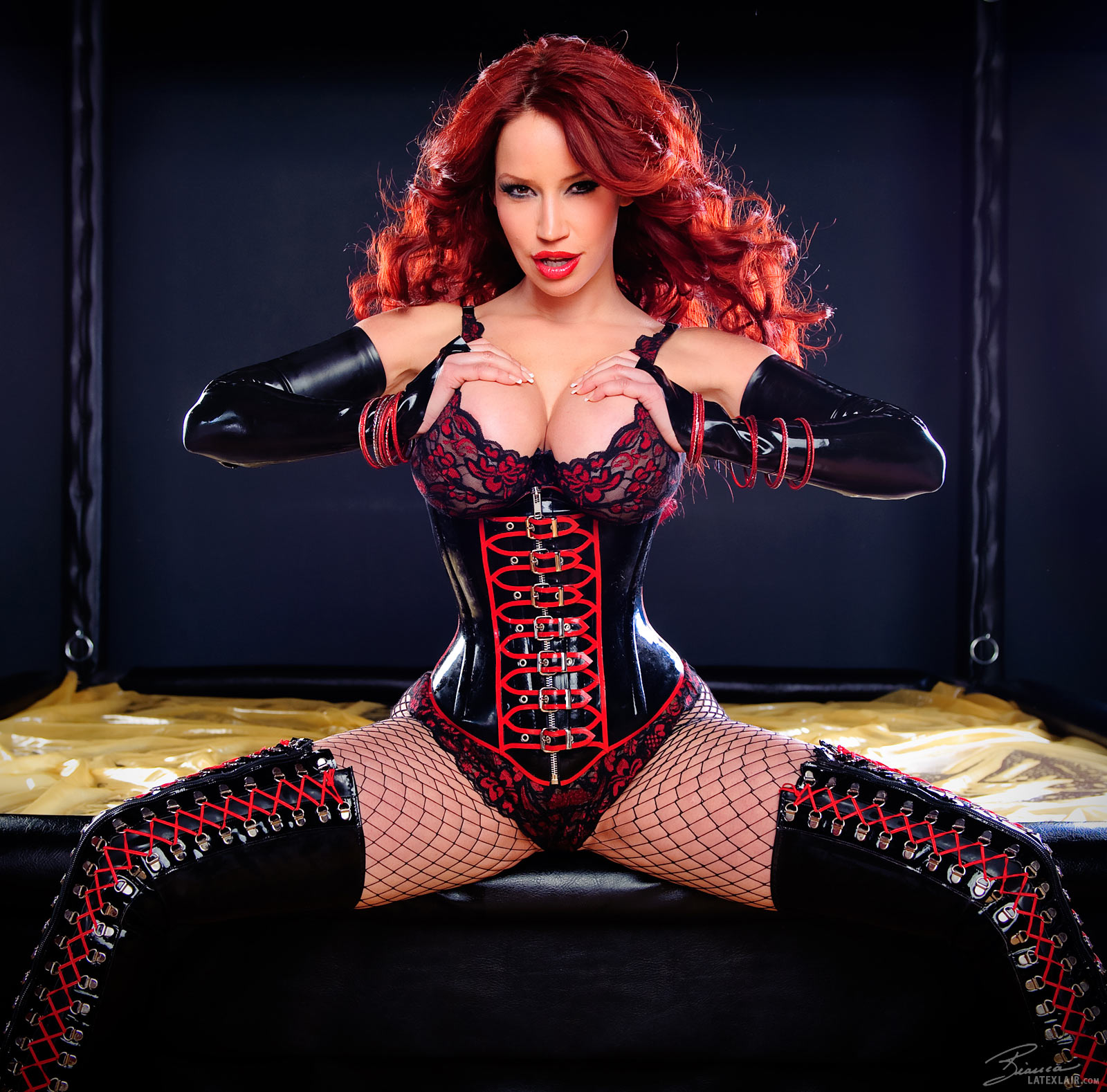 Bianca beauchamp latex corset