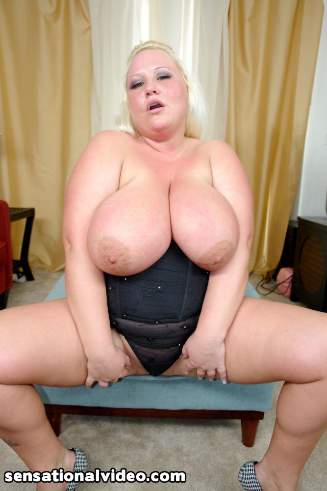 Thick n busty sienna hills the type