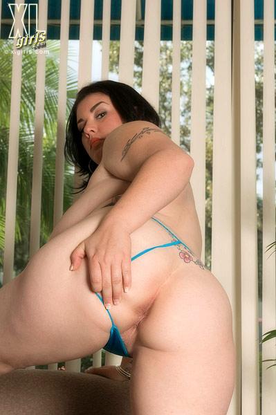 Gwen etoile sucking cock