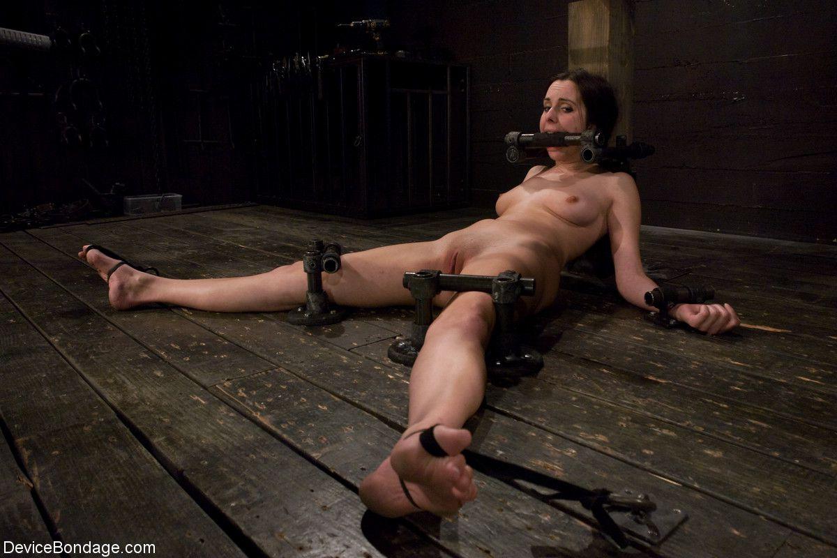 Bondage Whipping Torture