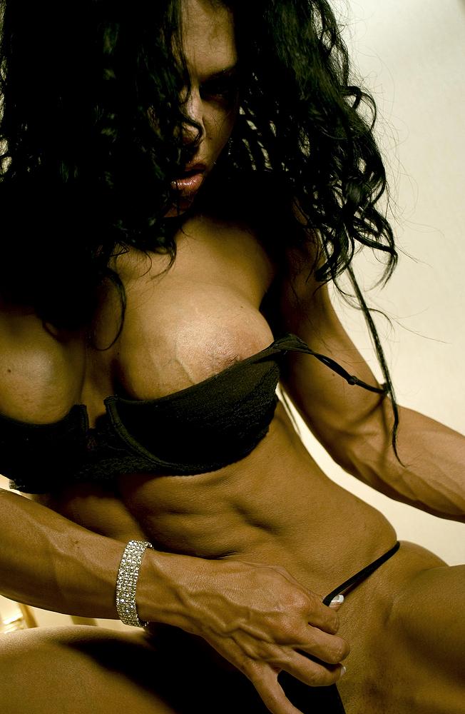 Bodybuilderinnen in Dessous
