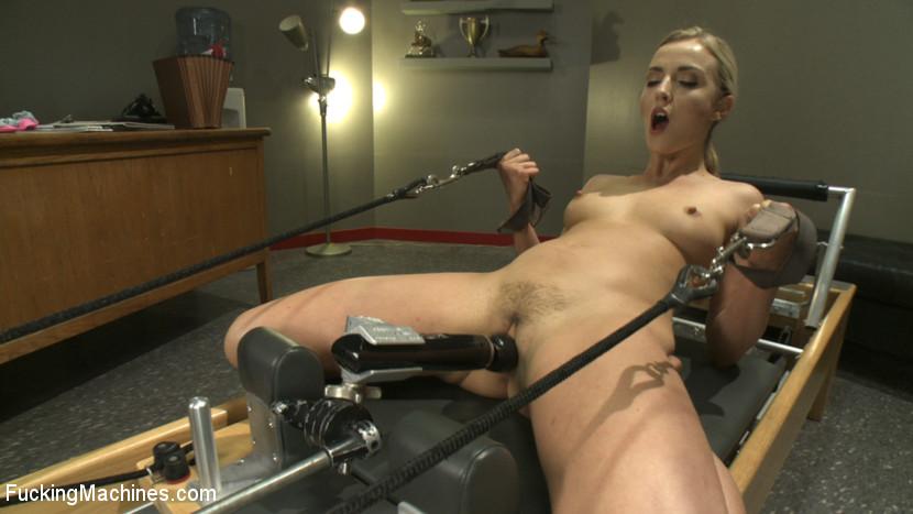 free sexy hot fuck machine