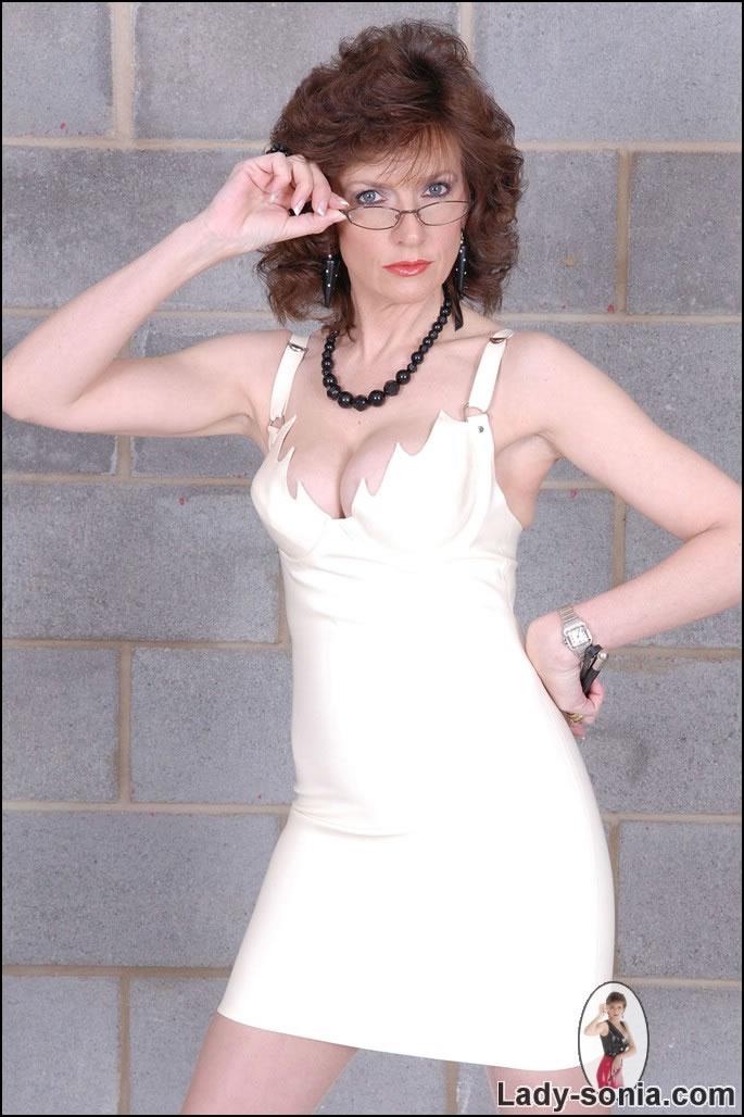 Lady Sonia Nude Photos 51