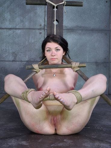 Harley Ace into hard bondage while her hands get tied and her whole body is pegged and stimulated.