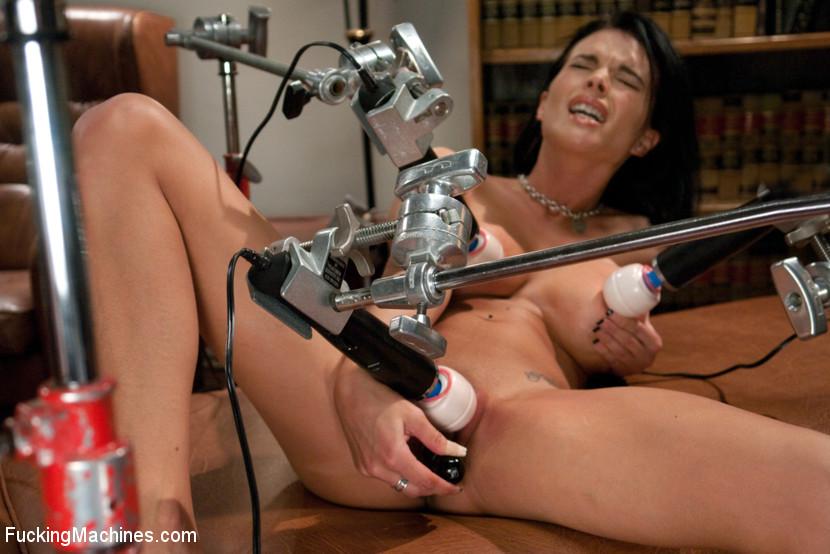 licking vagina with machine