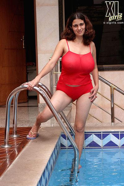 Red swimsuit review - 5 5