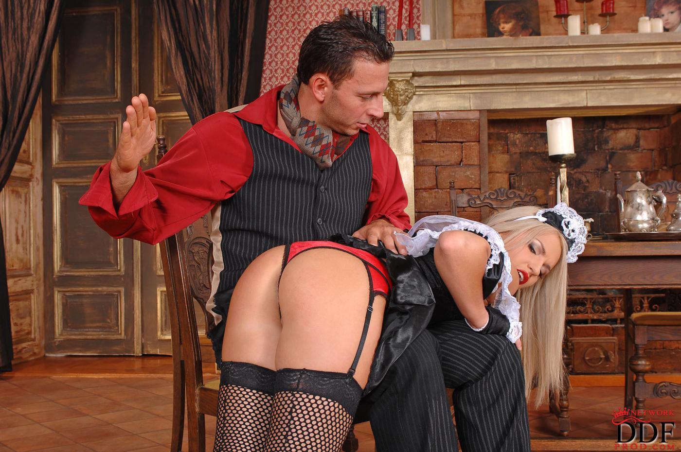 Господин и служанка эротика