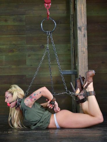 Tattooed blonde Bailey Blue gets her hairy pussy fingered and her dirty mouth gagged.