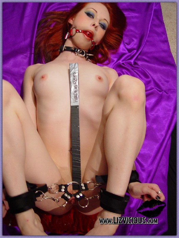 Girl on girl dominatrix