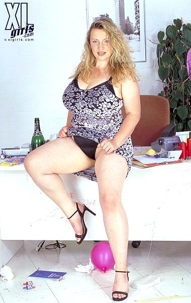 Laura Bailey Porntube 107