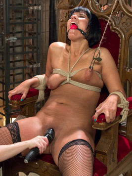 Rose Rhapsody and Aiden Starr get stripped and are stimulated until they're stretched for fisting.