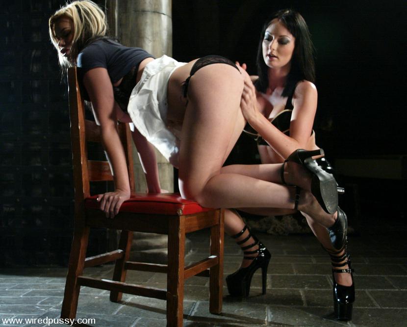 Free pantyhose porn tube list