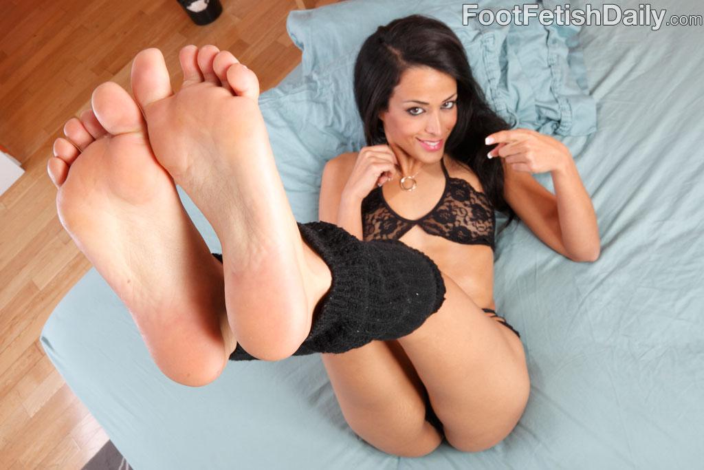 Layla sin feet