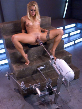 Hot chick Cameron Canada knows how to make her pussy explode with a vibrator and dildo.