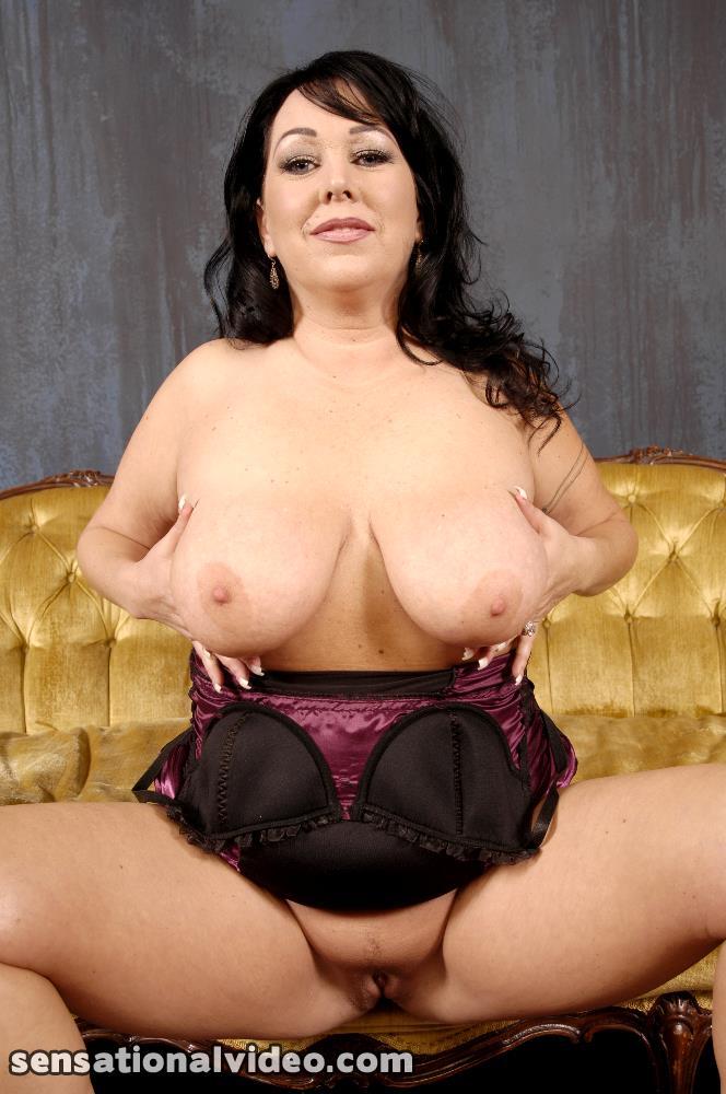 Big nudes pics