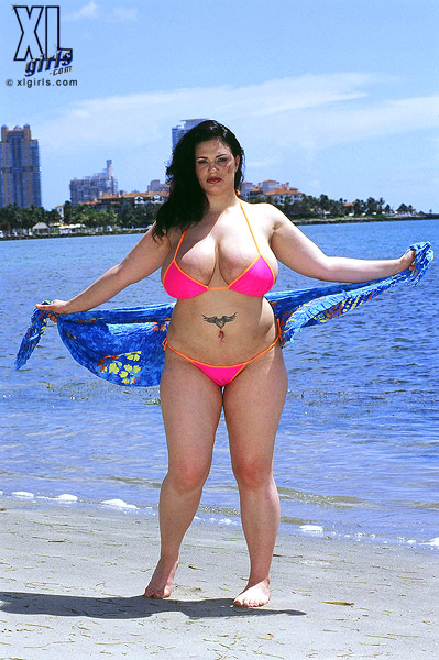 Xl girl nude beach think, that