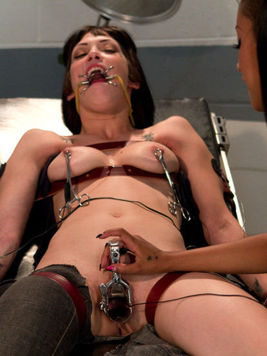 Bobbi Starr getting rough with lesbo sluts and makes them moan during sex toys & insertions.