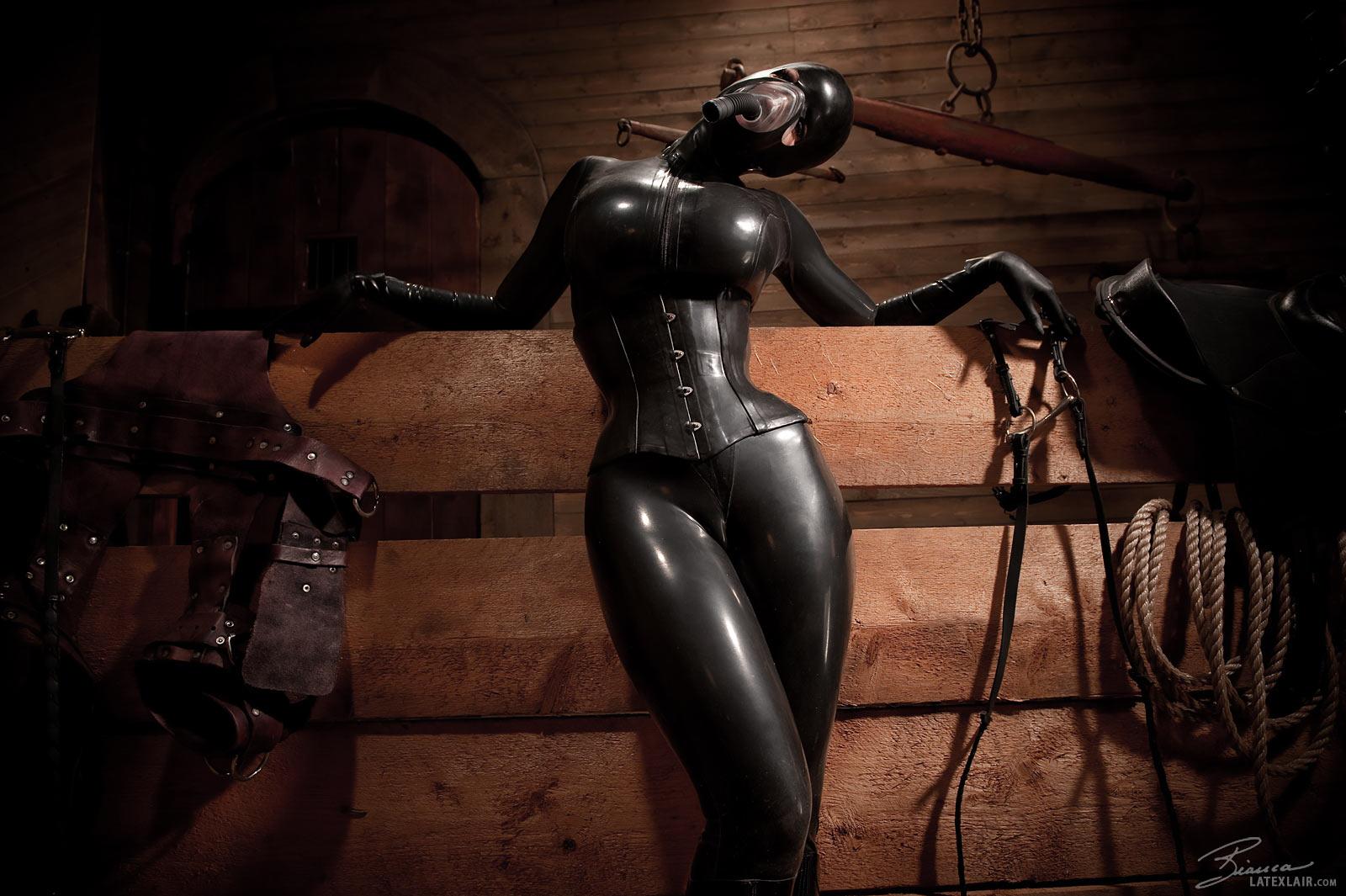 Bianca beauchamp latex bondage