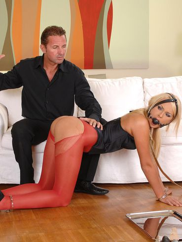 Ivana Sugar goes through a harsh sexual treatment! You see her gagged and bondaged!