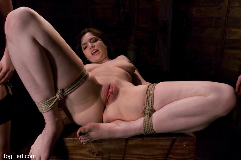XXX Image Women who spank their man