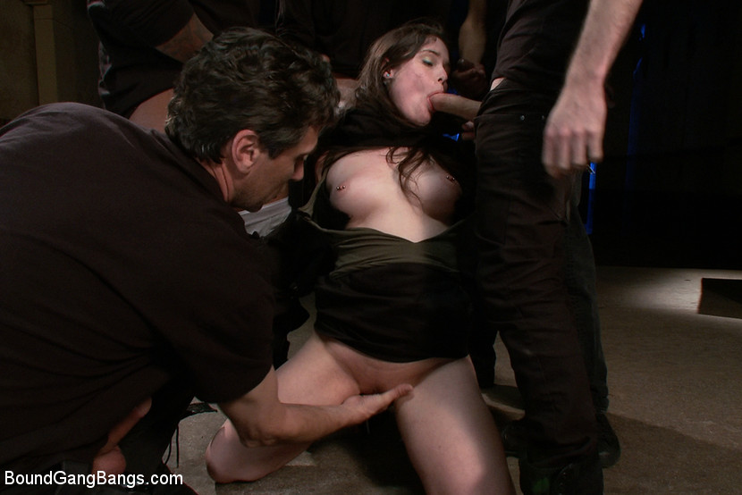 Brunette hotwife shannon takes 4 bbc bareback gets dp - 3 part 4