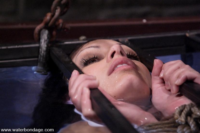 giovanni love isis Aria bondage and