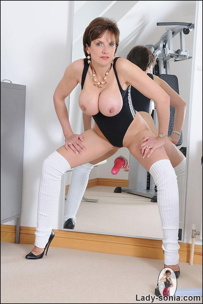 lady sonja sexy sport clips kostenlos