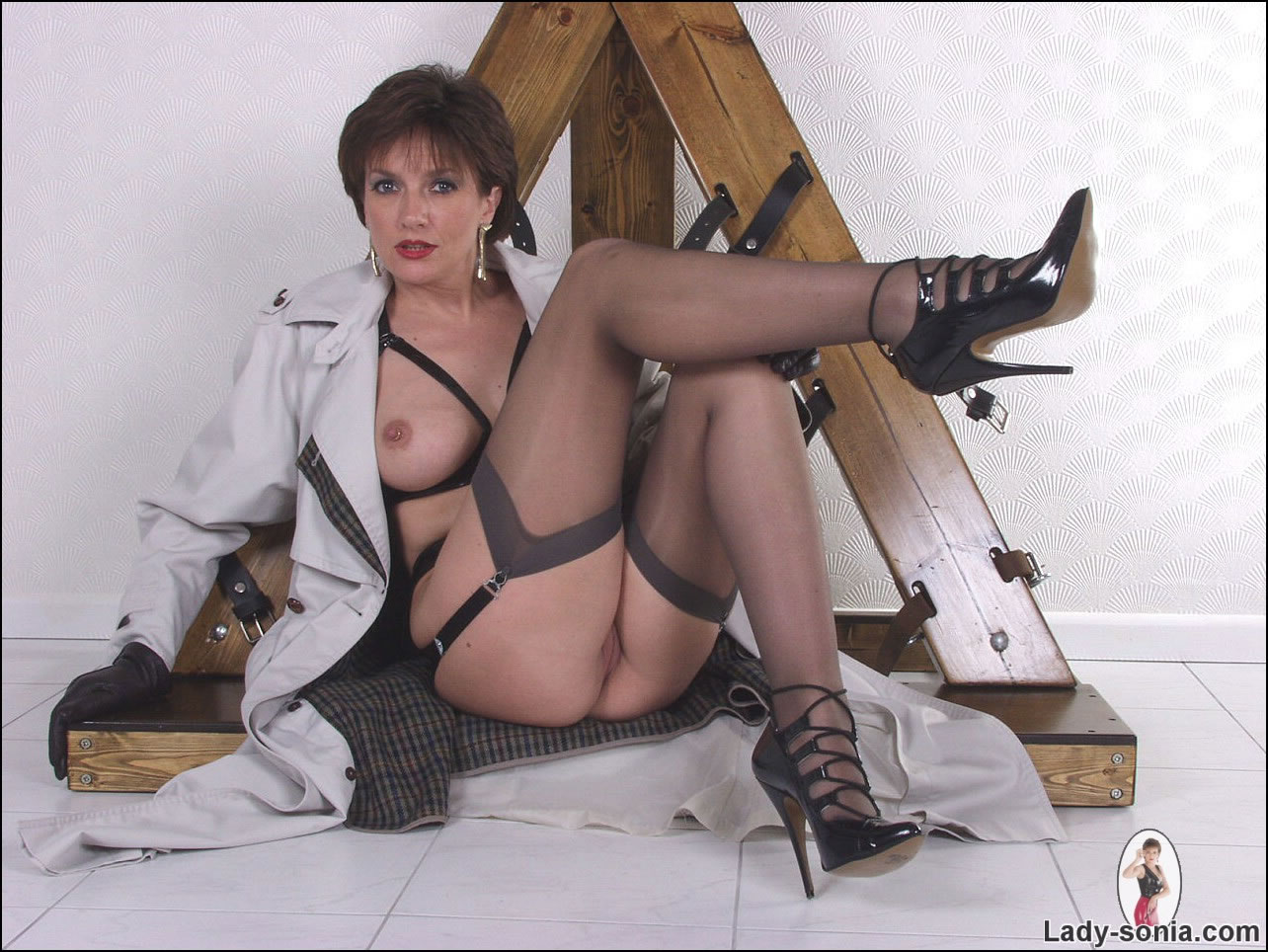 Lady Sleazy Matures 52