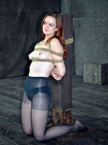 Hazel looks really cool with a rope around her neck! But see detailed what happened and enjoy!