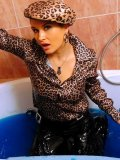 Tatiana Milovani and Ariana Agia with with dirty blouses get all wet in the bathroom