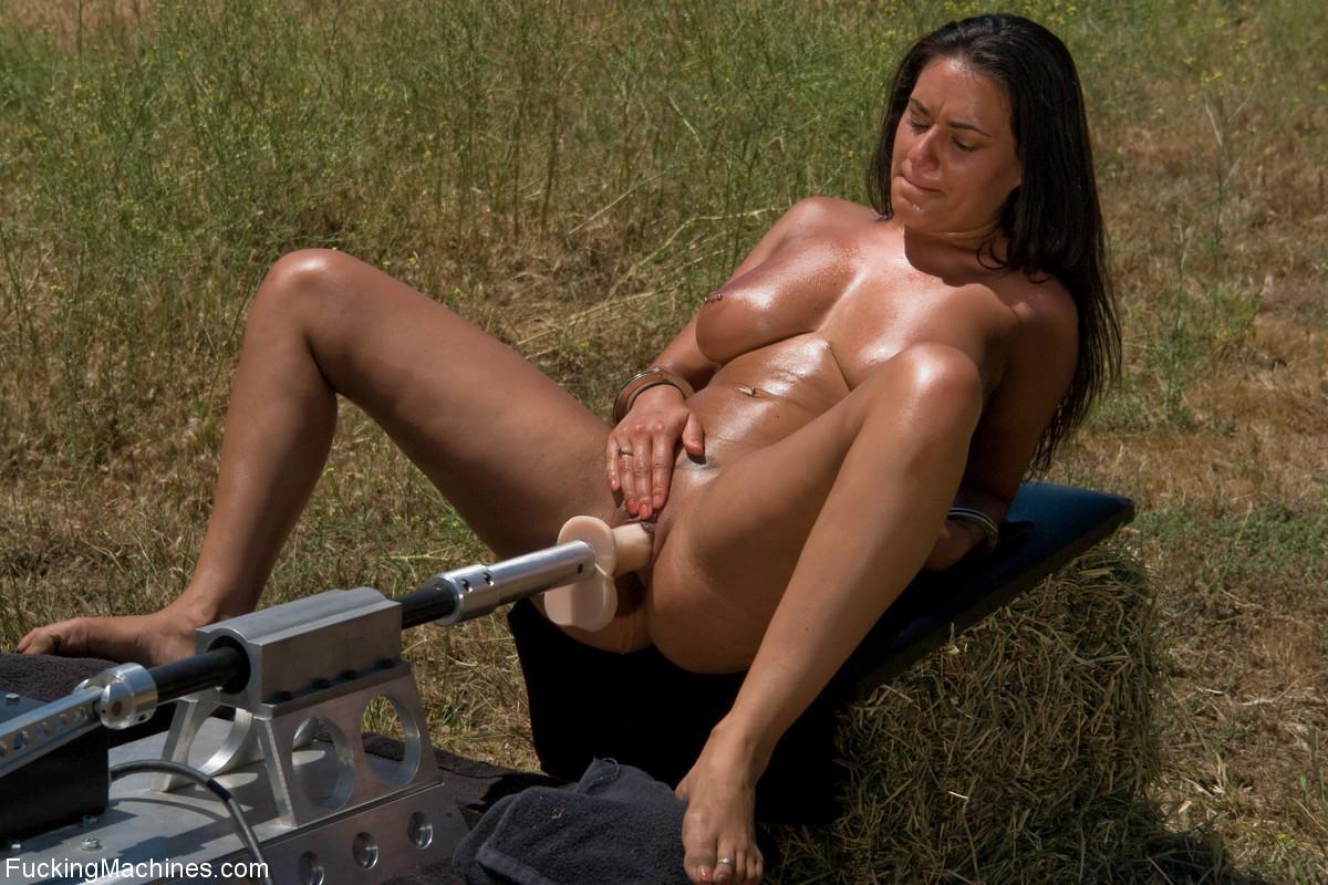 big nude booty white girl