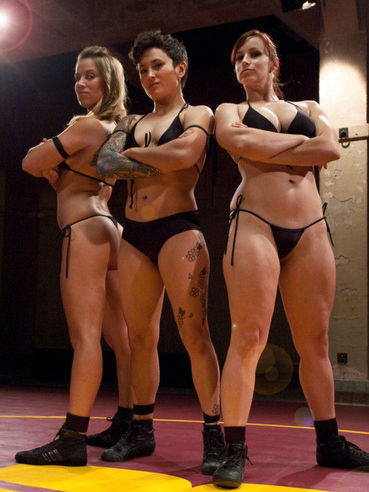 Cheyenne Jewel and her fetish loving friends pose before getting naughty in cat fights.