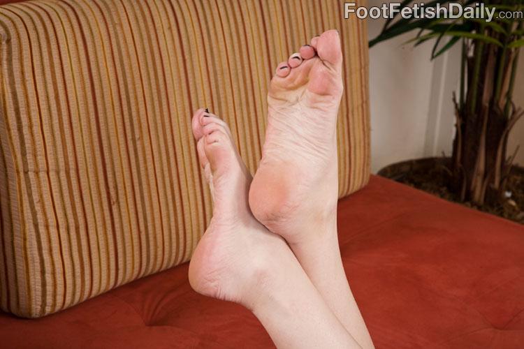 Cameron Embarked Foot Fetish