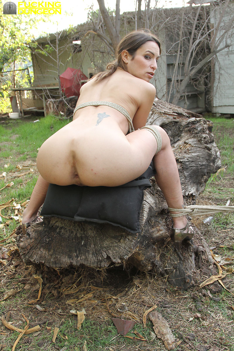 Bdsm outdoor butt wanking