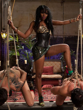 Big booty black mistress Nyomi Banxxx fucks white slave Vince Ferelli in the ass