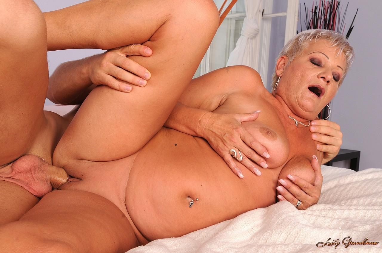 Big tits blowjob amateur allure