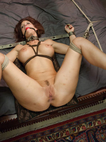 Syren De Mer just needs to spread her legs while having rough sex. She is helpless!