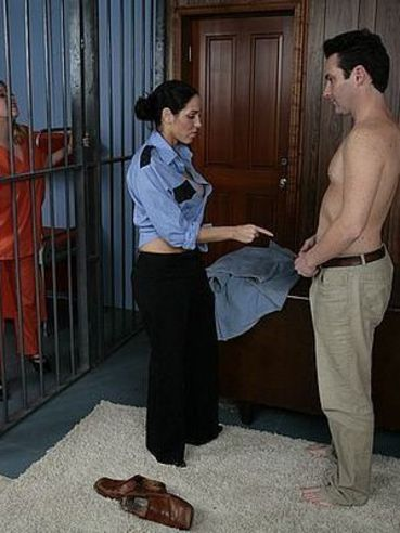 Man gets completely naked and shows his asshole to prison guard Veronica Rayne