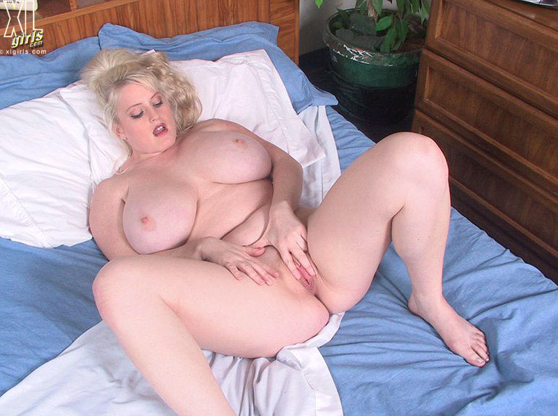 heather bbw fuck - Chubby massive titted blonde Heather Michaels has fun finger fucking her  pink hole