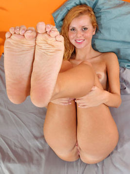 Jessie Rogers and her lesbian friends suck each others toes and dildo each others holes