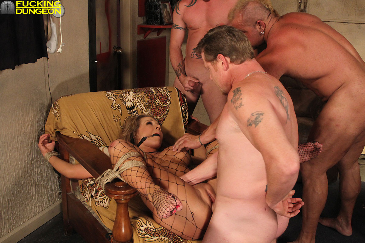 sexx sing up publicly wrangle