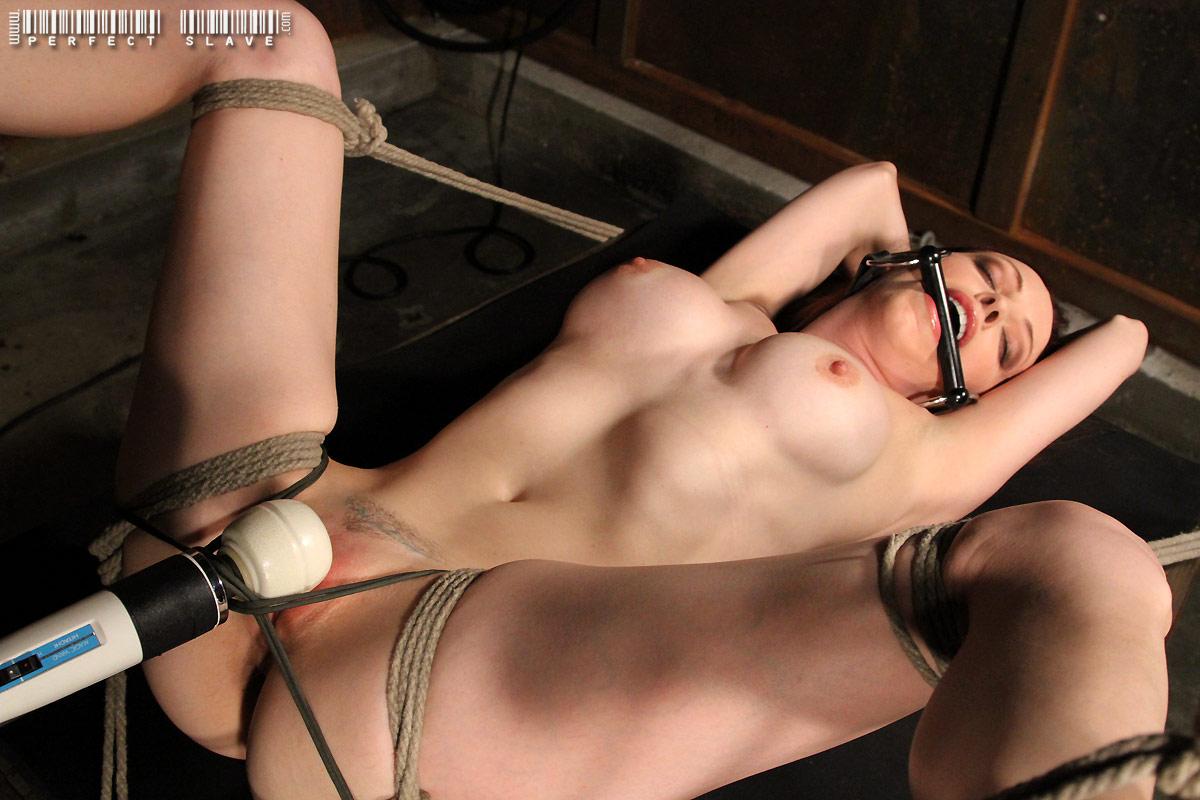 Women masturbating men in bondage porn pics & moveis