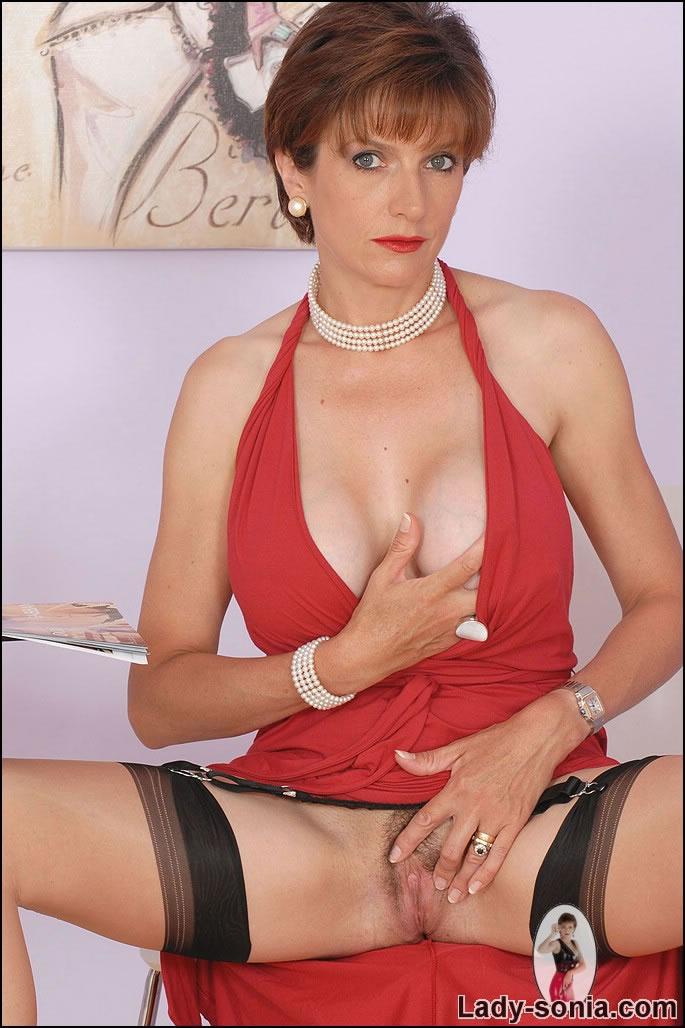 Lady sonia sexy