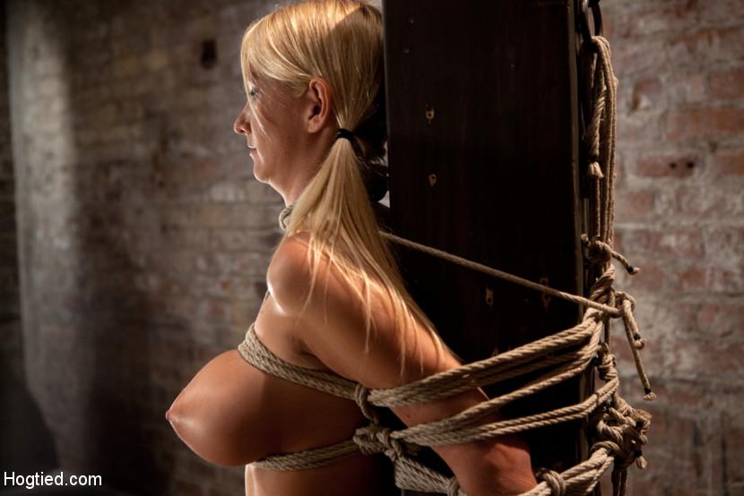 free xxx latin woman pics