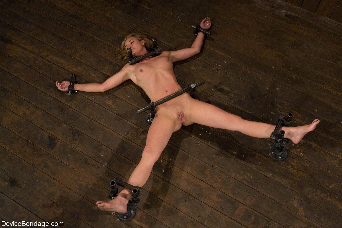 bdsm slave pussi galores