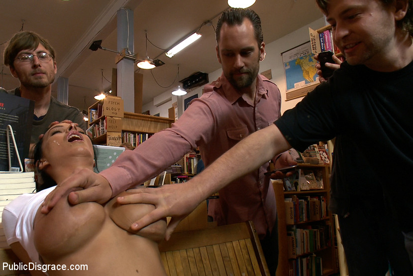 Guy tapes submissive wife with dominant bull - 1 part 5