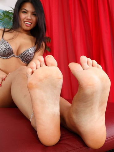 Exotic beauty Cindy Starfall takes a rough pounding from a freak with a foot & legs fetish