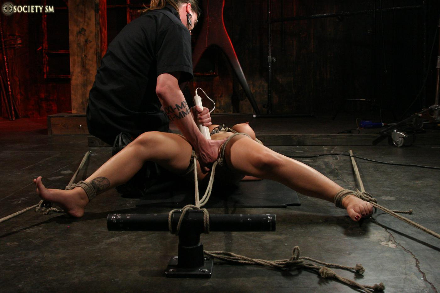 Kayme Kai In An Asian Hogtied Bondage Set